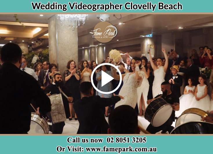 Bride and Groom at the dance floor Clovelly Beach NSW 2031